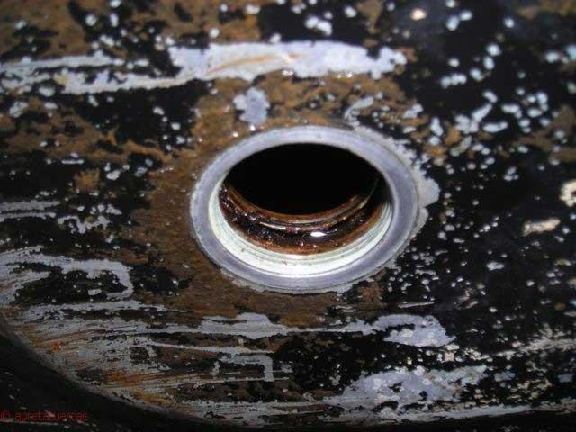 Limpieza de prefiltro de Mercedes W115.